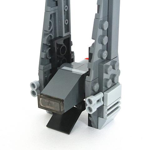 Klocki LEGO STAR WARS - Kylo Ren's Command Shuttle - 30279