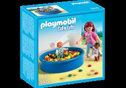Klocki PLAYMOBIL City Life - Basen z piłeczkami - 5572